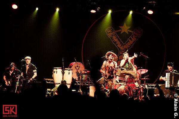 2010-05-18-gogol-bordello2