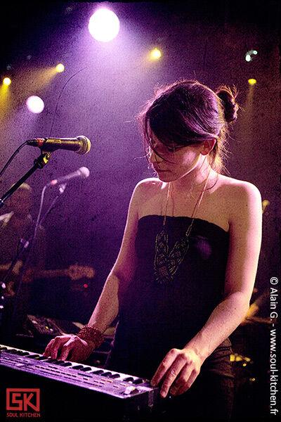 2010-06-01-mygirlfriend