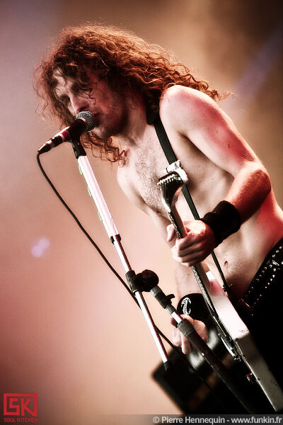 2010-07-03-airbourne