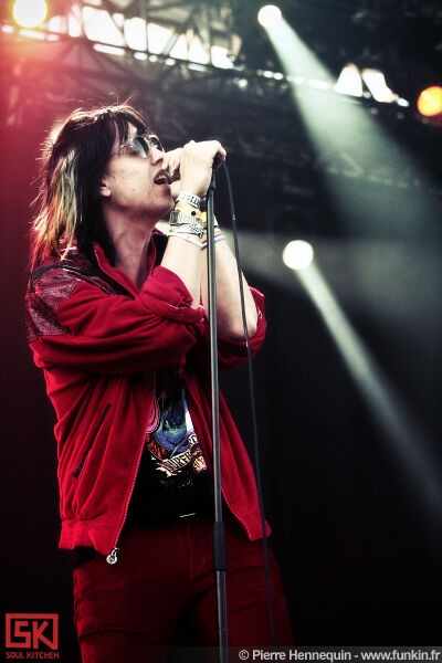 2010-07-04-julian-casablancas