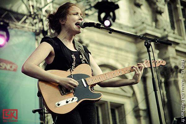2010-07-23-Lisa-Portelli