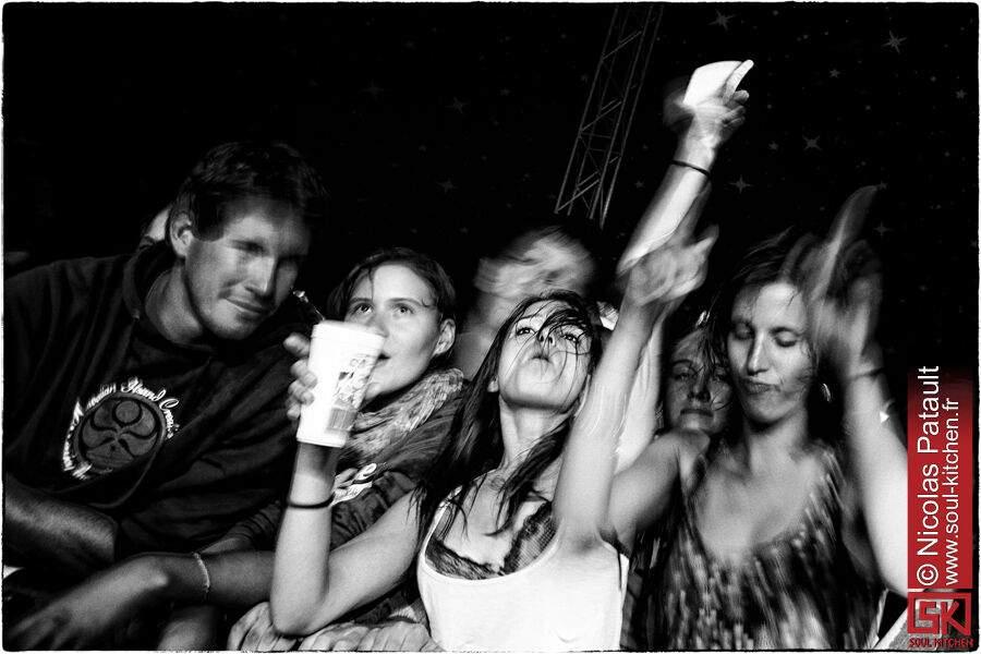 2012_08_25_dirtyphonics