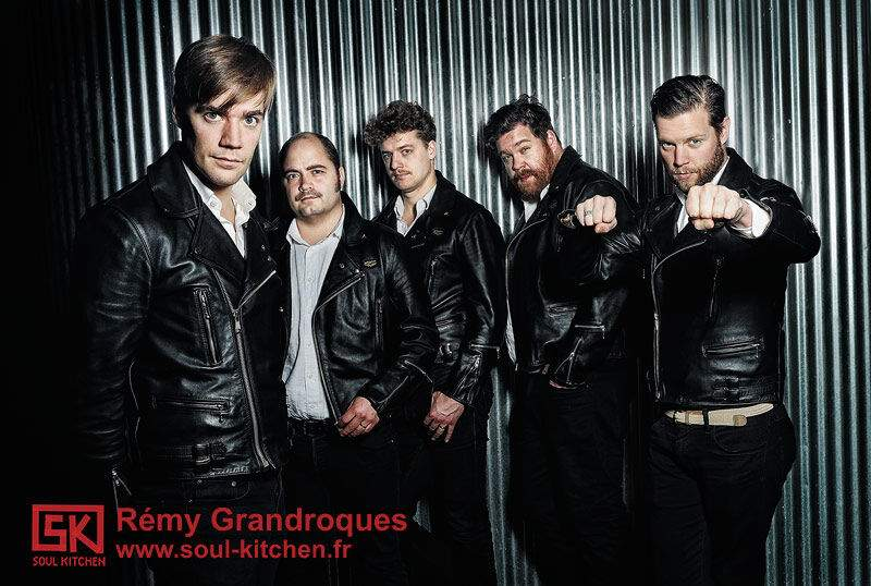 2012_29_11_Portraits_The_Hives