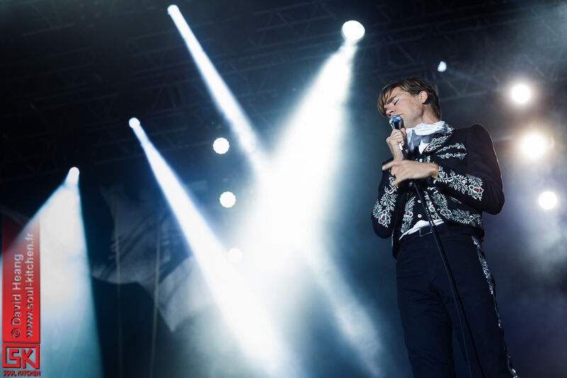 20130714_thehives