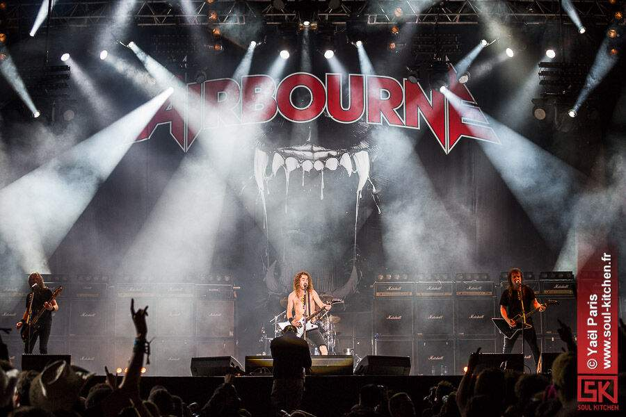 2013_06_09_Airbourne
