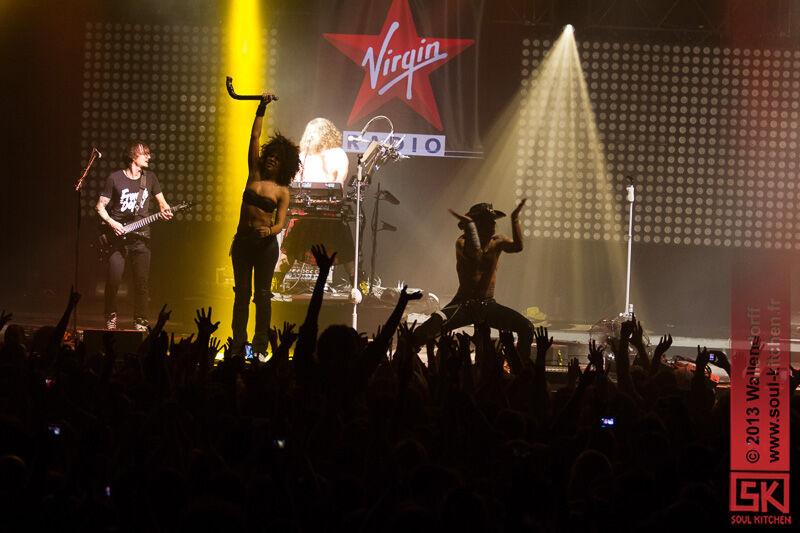 2013_12_19_virgin_radio_live