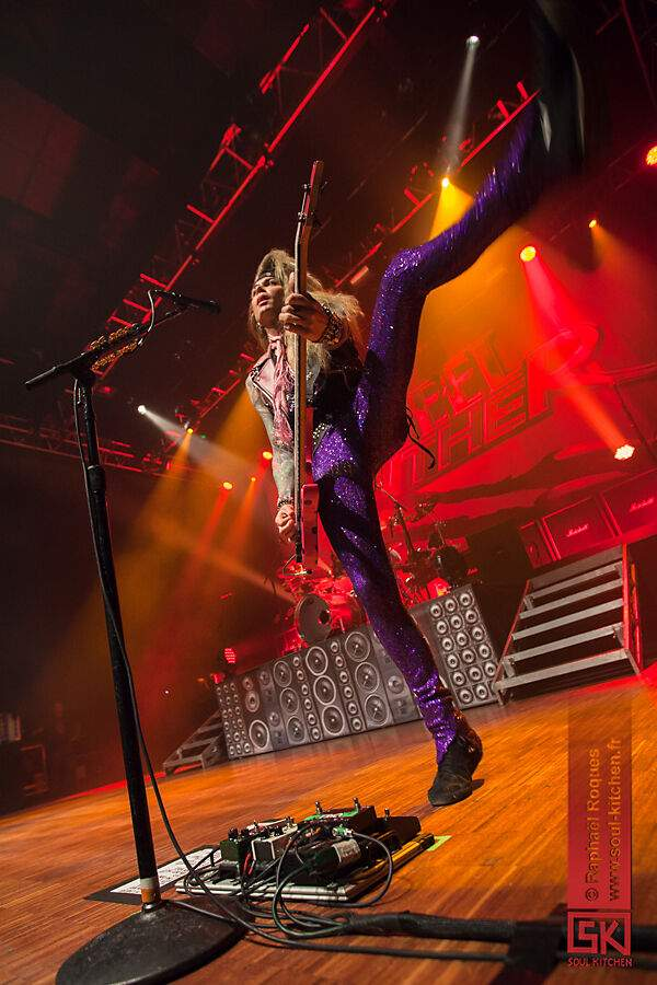 2014-03-10-steelpanther