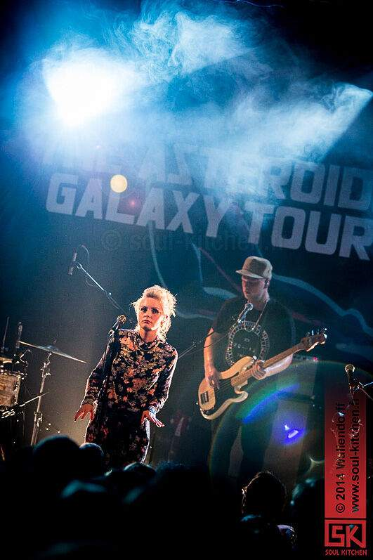 2014_10_29_the_asteroids_galaxy_tour