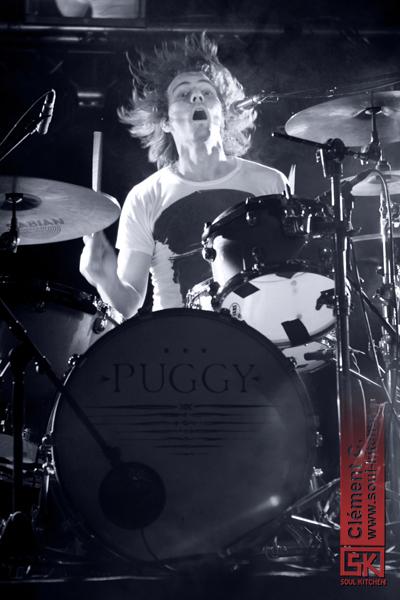 28_05_2011_puggy