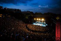 photos : Sting (de loin) aux Nuits de Fourvière 2011