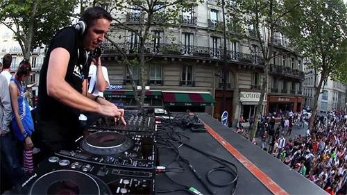 DJ Zebra @ Technoparade 2009