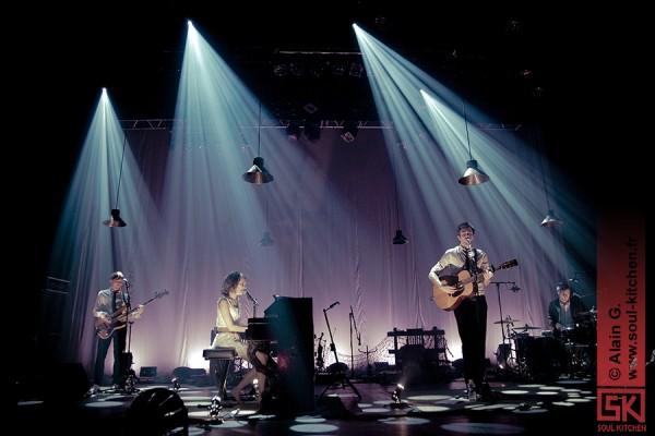 Photos concert : Cocoon (+ Chris Garneau) @ Casino de Paris, Paris | 13 décembre 2010