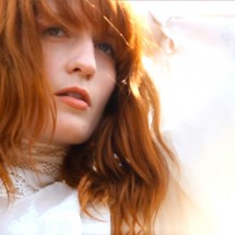 clip : Florence + The Machine – What The Water Gave Me