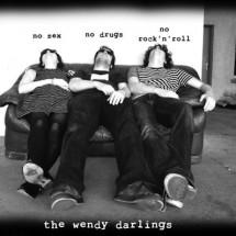 clip : The Wendy Darlings – Enormous Pop