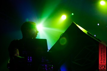 photos concert : M83 et Man Without Country au Transbordeur, 11 juin 2012