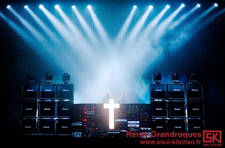 Photos de concert : Justice @ Vieilles Charrues 2012 - 21 juillet 2012