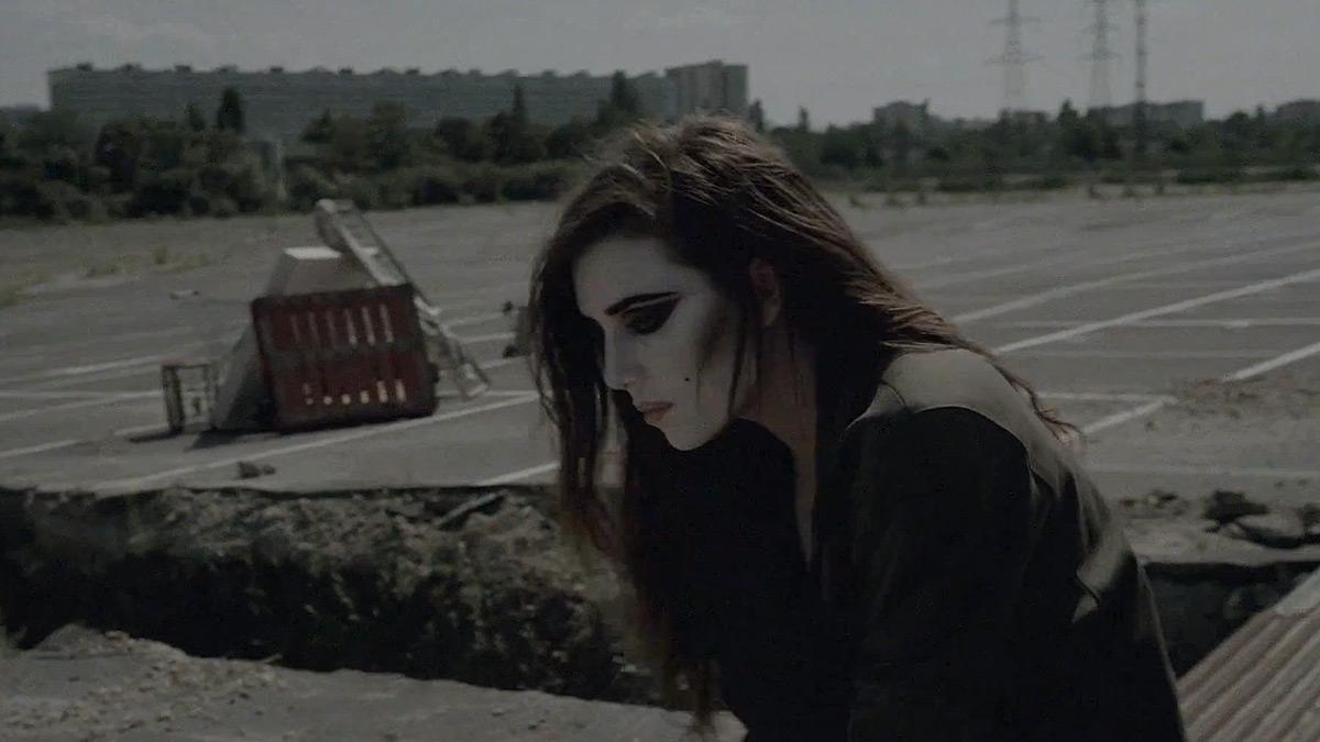Lykke Li – Gunshot