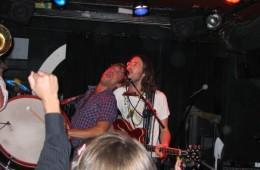 Elvis Perkins en concert en 2009 © Guimauve