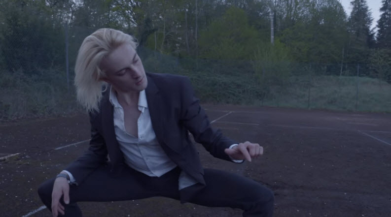 Pamela Hute - Gunshot