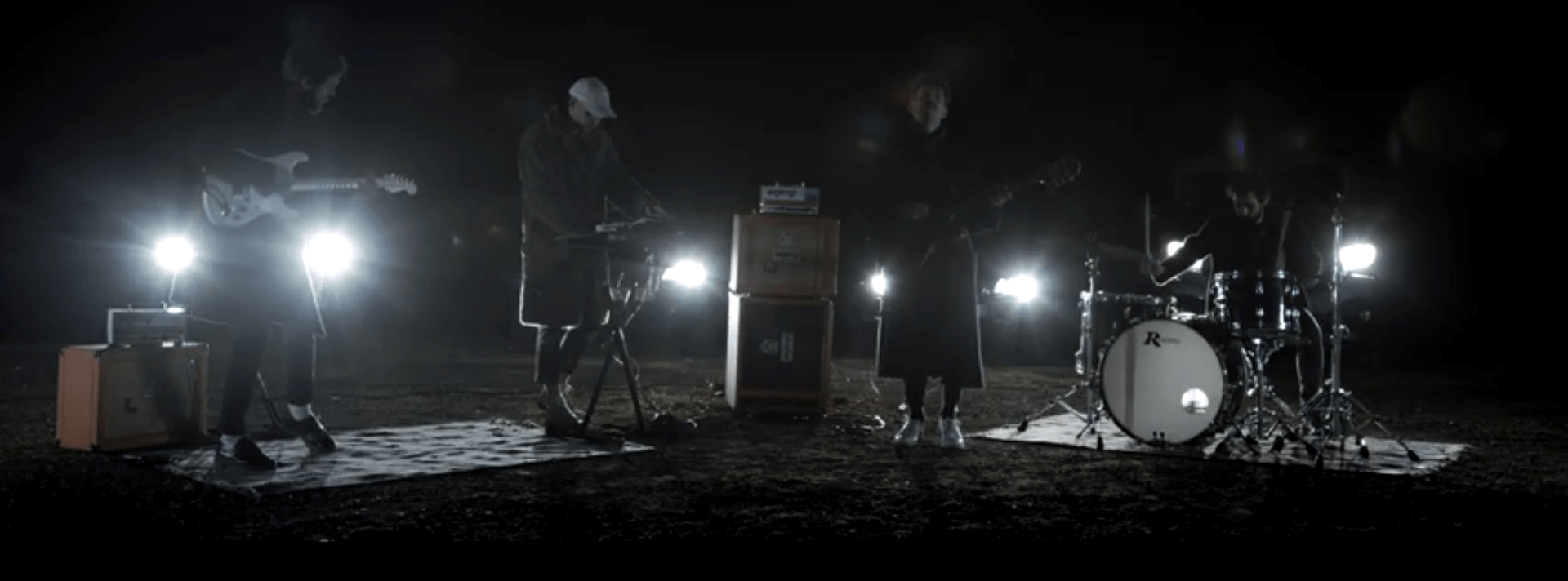 Vidéo : Yeast – Black Nights