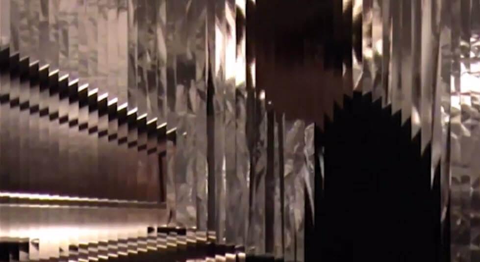 Thomas Pradier - Sous les miroirs brisés