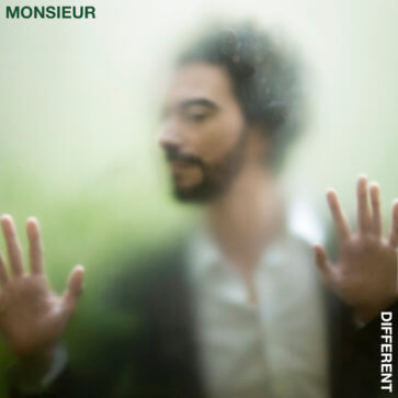 Monsieur - Different