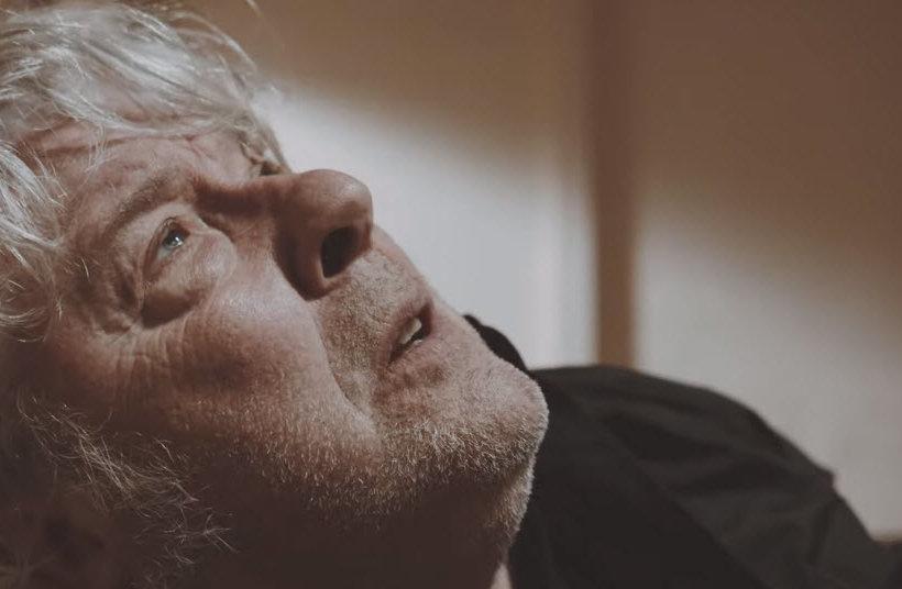 Vidéo : Arno – Court-circuit dans mon esprit