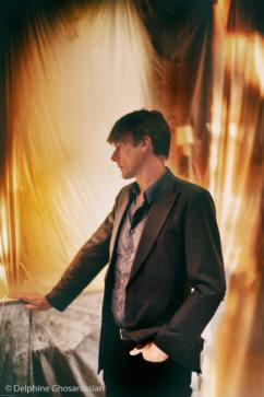 Brett Anderson (Delphine Ghosarossian)