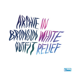 Archie Bronson Outfit - In White Relief