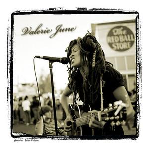Valerie June - Mountain Of Rose Quartz